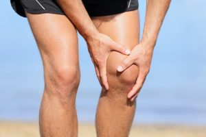 inchaço no joelho