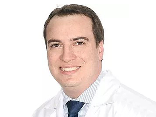 Dr Gustavo Campanholi