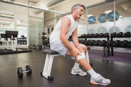 Você sente dores no joelho ao treinar na academia?